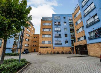 Miles Close, London SE28. 2 bed flat for sale