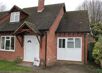 Thumbnail Studio to rent in Medway Close, Thatcham