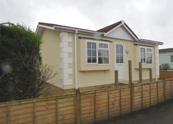 Thumbnail 2 bedroom mobile/park home for sale in Avon Park, Netheravon, Salisbury