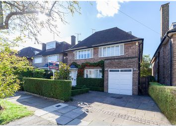 Thumbnail 6 bed flat for sale in Rowan Walk, Hampstead Garden Suburb