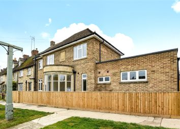 Thumbnail 2 bed flat to rent in Hailey Road, Witney