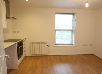 Thumbnail 1 bed flat to rent in Flat B Ashford Road, Maidstone