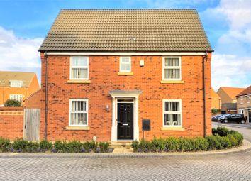 Thumbnail 3 bed detached house for sale in Elthorne Park, Kingswood, Hull
