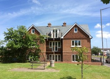 Thumbnail 2 bed flat to rent in Little Marlow Road, Marlow