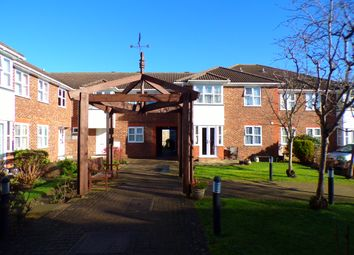 Thumbnail 1 bed flat for sale in Chalk Road, Gravesend