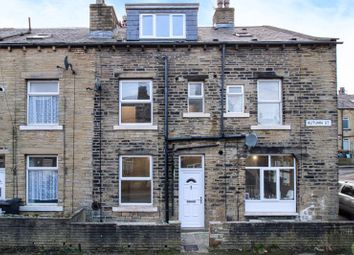 2 bed property to rent in Autumn Street, Halifax HX1