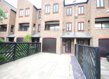 4 bed property to rent in Plymouth Wharf, London E14