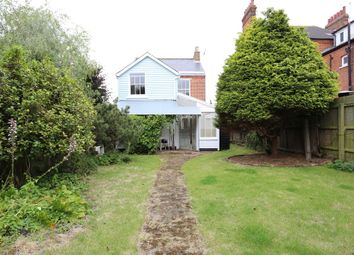 Thumbnail 3 bedroom detached house to rent in Bath Road, Felixstowe