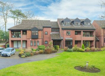 Thumbnail 2 bed flat to rent in Snells Wood Court, Little Chalfont, Amersham