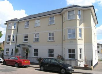 Thumbnail 2 bedroom flat for sale in Institute Road, Marlow
