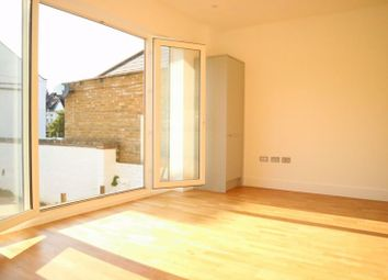 Canbury House, Richmond Road, North Kingston KT2. 3 bed flat