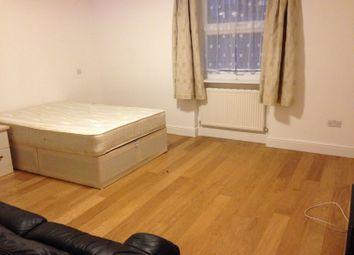 Room to rent in Walpole Park, Ealing Broadway West W5