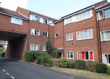 Chingford Avenue, London E4. 2 bed flat