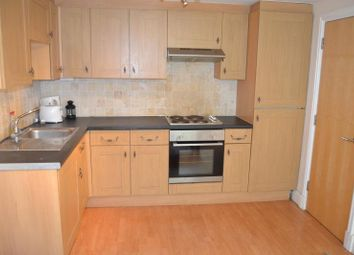 Thumbnail 4 bed flat to rent in Llanbleddian Gardens, Cathays Cardiff