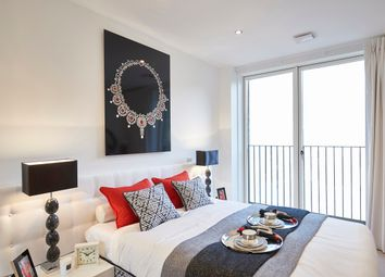 Thumbnail 3 bedroom flat for sale in 164 Green Lanes, Hackney, London