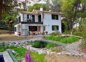 Thumbnail 4 bed villa for sale in Spacious Villa With Swimming Pool - Im 618, Strada Torrazza, Italy
