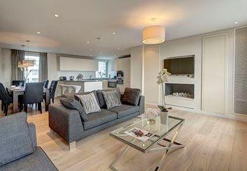 Thumbnail 4 bed flat to rent in Harbet Road, Paddington, London