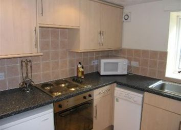 2 bed flat to rent in Flat 4, 65 Woodsley Road, Hyde Park LS3