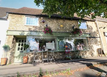 4 bed property for sale in High Street, Higham Ferrers NN10