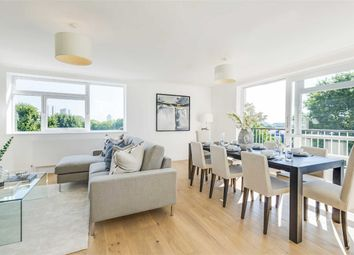 Thumbnail 3 bed flat for sale in Walsingham, London