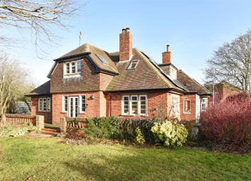 Thumbnail 5 bed detached house for sale in Foliat Drive, Wantage