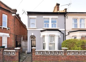 Thumbnail 2 bedroom flat for sale in Fernlea Road, London