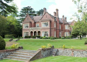 Thumbnail 2 bed flat for sale in Durrants House, Croxley Green, Hertfordshire