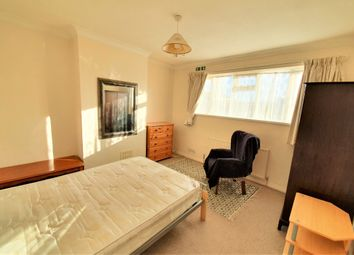 Thumbnail Room to rent in Church Road (Bedroom 4), Rayleigh, Essex