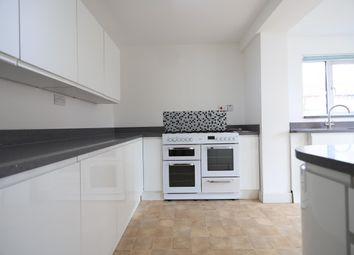 3 bed property to rent in Newton Road, Tilbury RM18