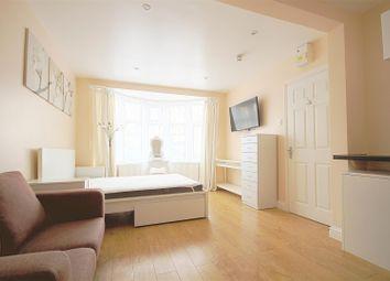 Thumbnail Property to rent in Tavistock Avenue, Perivale, Greenford