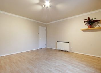 Thumbnail 1 bedroom flat to rent in Aspen House, Hanbury Drive, Winchmore Hill, Greater London