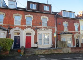 Thumbnail 1 bed flat to rent in Clifton Street, Swindon