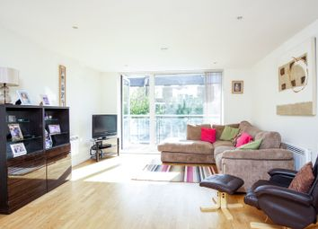 Thumbnail 1 bed flat for sale in 71d Drayton Park, London
