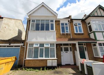 Thumbnail 1 bedroom flat to rent in Bournemouth Park Road, Southend-On-Sea