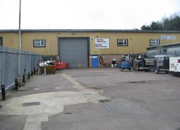 Warehouse to let in London Road, West Thurrock RM20