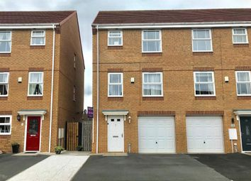 4 bed end terrace house for sale in Darbyshire Close, Thornaby, Stockton-On-Tees TS17