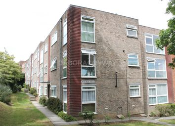 Thumbnail 2 bed flat to rent in Palmerstone Road, Buckhurst Hill