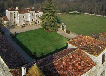 Thumbnail 6 bed equestrian property for sale in Chadurie, Charente, France