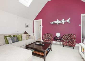 Thumbnail 4 bed flat to rent in Tuns Lane, Henley-On-Thames