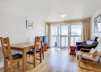 Cold Harbour, Canary Wharf, London E14. 2 bed flat for sale