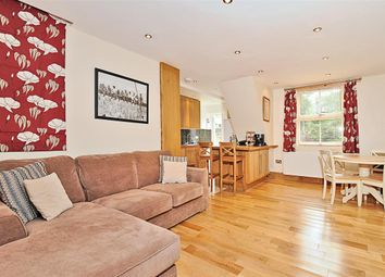 Thumbnail 2 bed flat to rent in Trentham Street, London
