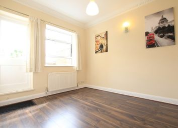 Thumbnail 3 bed flat to rent in Battersea Rise, Clapham Junction, Battersea