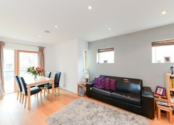 Thumbnail 1 bed property to rent in St Johns Hill, London