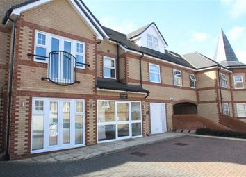 Thumbnail Flat for sale in Fawn Heights, Buckhurst Hill, Essex