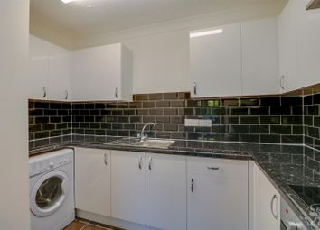 Thumbnail 1 bed flat to rent in Brick Court, Jetty Walk, Grays