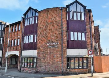 Thumbnail 3 bed flat to rent in Park Street, Ashford