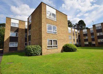 Thumbnail 1 bedroom flat to rent in Lampits, Hoddesdon, Hertfordshire