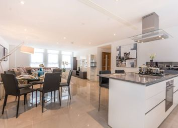 Thumbnail 3 bedroom flat for sale in Willow Place, Westminster