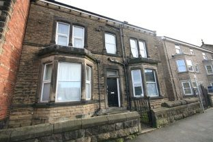 Thumbnail 1 bed flat to rent in Flat 1 Garfield House, Otley