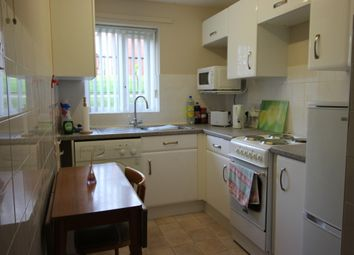 Thumbnail 2 bed flat to rent in Pebble Court, Paignton